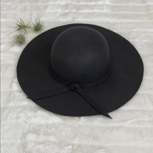 Accessories - Charcoal Floppy Hat